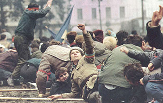 "<p>""The Romanian Revolution, 1989. Photo By J&eacute;r&ocirc;me Fritel.</p>"