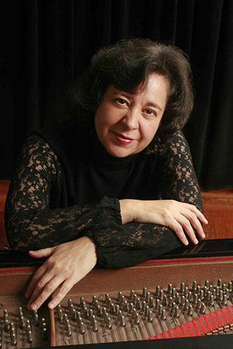 <p>Mirian Conti, <em>piano</em></p>