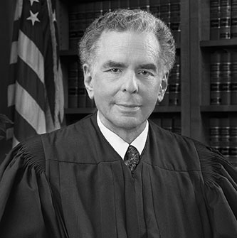 <p>Judge Edward R. Korman '63, Honorary Doctor of Humane Letters</p>