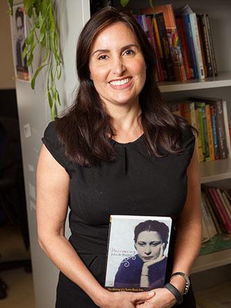 <p>Prof. Vanessa P&eacute;rez Rosario.</p>