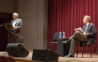 <p>Paul Krugman and Thomas Frank at the 2015 Robert L. Hess Memorial Lecture. </p>