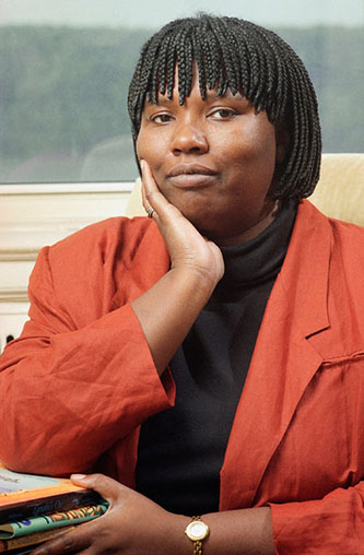 <p>Writer, professor, and beloved alumna Gloria Naylor. </p>