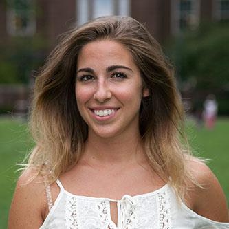 <p>Senior Isabella Clark</p>